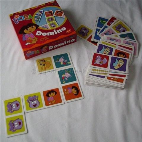 D223_Domino-Dora