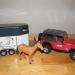 D524 Jeep met paardentrailer